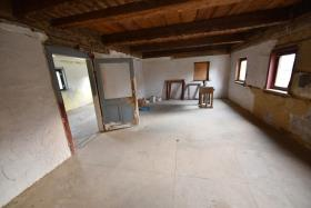 Image No.19-10 Bed Duplex for sale