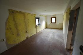 Image No.20-10 Bed Duplex for sale