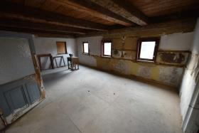 Image No.21-10 Bed Duplex for sale