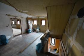 Image No.22-10 Bed Duplex for sale
