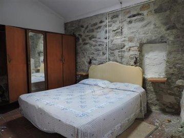 AZ-Italian-Properties-Codiponte-Lunigiana--4-