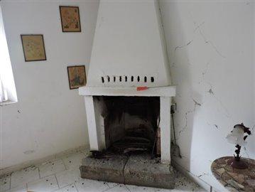 AZ-Italian-Properties-Codiponte-Lunigiana--6-