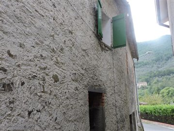 AZ-Italian-Properties-Codiponte-Lunigiana--13-