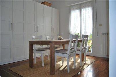 1-bedroom-apartment-with-large-terrace-Luni-La-Spezia-Italy--4-