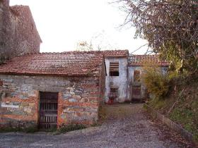 Image No.17-40 Bed Village House for sale