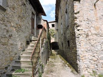 AZ-Italian-Properties-Village-for-Sale-Tuscany-Italy--16-