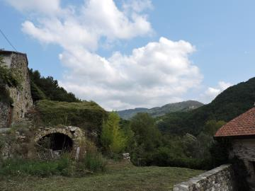 AZ-Italian-Properties-Sercognano-Lunigiana--3-