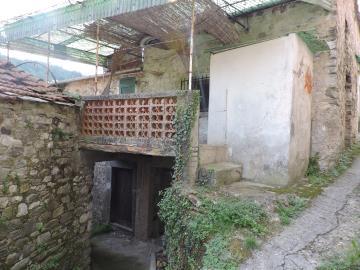 AZ-Italian-Properties-Sercognano-Lunigiana--18-