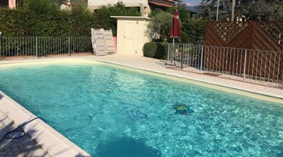 Sarzana-Villa-with-pool--10-