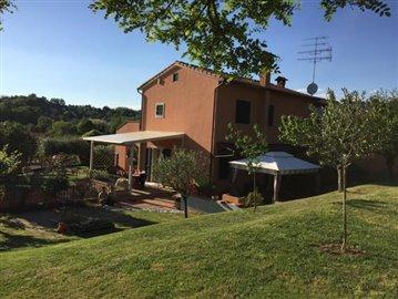 AZ-Italian-Properties-Sarzana-Semidetached--3-