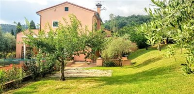 AZ-Italian-Properties-Sarzana-Semidetached--1-