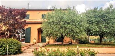 AZ-Italian-Properties-Sarzana-Semidetached--73-
