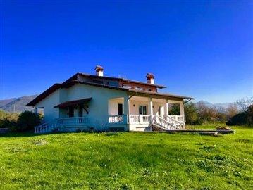 AZ-Italian-Properties-Villa-Luni-Liguria--1-