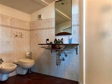 AZ-Italian-Properties-Villa-Luni-Liguria--8-