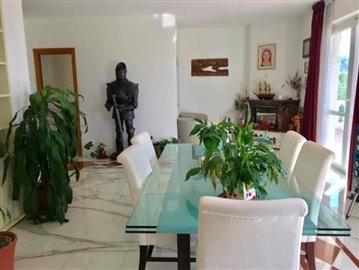 AZ-Italian-Properties-Villa-Luni-Liguria--9-