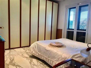 AZ-Italian-Properties-Villa-Luni-Liguria--10-