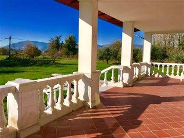 AZ-Italian-Properties-Villa-Luni-Liguria--12-