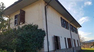 AZ-Italian-Properties-Villa-Bradia-Sarzana--10-