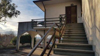 AZ-Italian-Properties-Villa-Bradia-Sarzana--12-