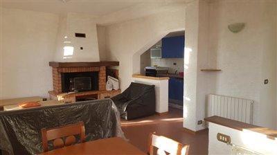 AZ-Italian-Properties-Villa-Bradia-Sarzana--16-