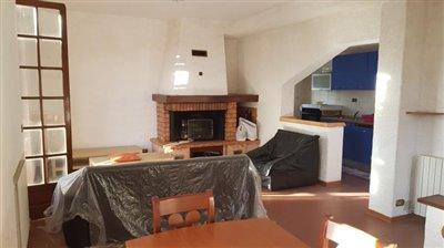 AZ-Italian-Properties-Villa-Bradia-Sarzana--17-