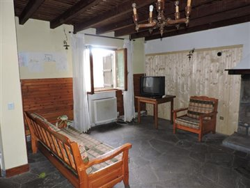 AZ-Italian-Properties-Cerreto-Laghi--25-