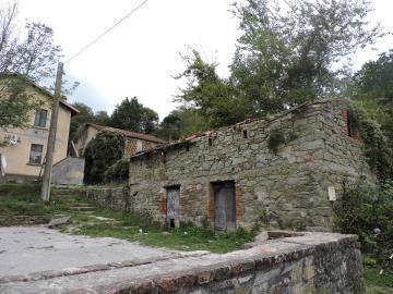 AZ-Italian-Properties-for-sale-Lunigiana--4-