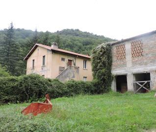 AZ-Italian-Properties-for-sale-Lunigiana--7-