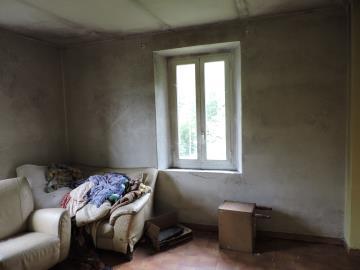 AZ-Italian-Properties-for-sale-Lunigiana--18-