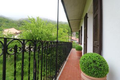 AZ-Italian-Properties-Guinadi-Pontremoli-for-sale--2-