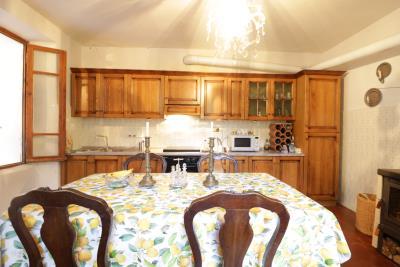 AZ-Italian-Properties-Guinadi-Pontremoli-for-sale--6-