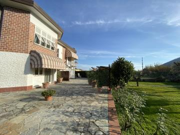 AZ-Italian-Properties-Sarzana-Detached-House-two-flats--3-