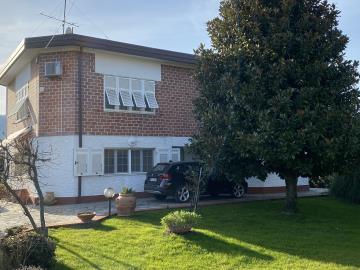2-Flats-Sarzana-AZ-Italian-Properties--46-