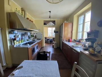 AZ-Italian-Properties-Liguria-Sarzana--12-