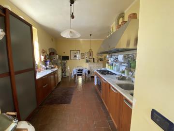 AZ-Italian-Properties-Liguria-Sarzana--14-