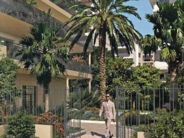entree-Cannes-Palm-Beach