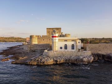 AZ-Italian-Properties-Luxury-Lighthouse-for-Sale-Italy--3-