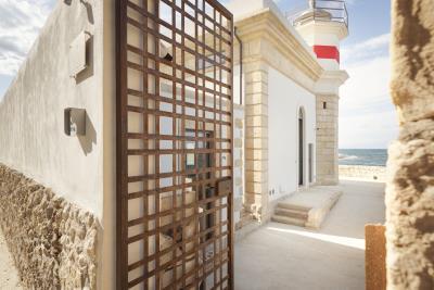 AZ-Italian-Properties-Luxury-Lighthouse-for-Sale-Italy--9-