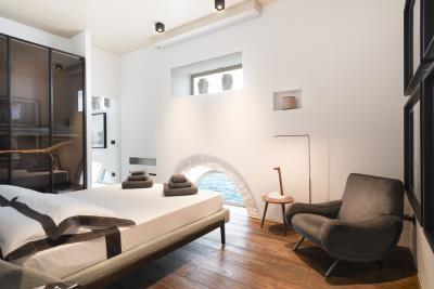 AZ-Italian-Properties-Luxury-Lighthouse-for-Sale-Italy--11-