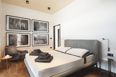 AZ-Italian-Properties-Luxury-Lighthouse-for-Sale-Italy--12-