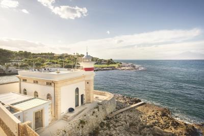 AZ-Italian-Properties-Luxury-Lighthouse-for-Sale-Italy--20-