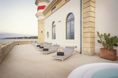 AZ-Italian-Properties-Luxury-Lighthouse-for-Sale-Italy--34-