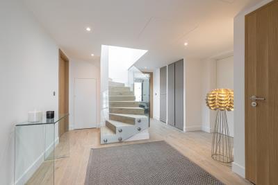 AZ-Italian-Properties---Property-France-Beausoleil-Monaco--2-