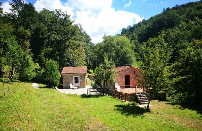 Stonehouse-for-Sale-Lunigiana-Tuscany--6-