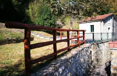 Stonehouse-for-Sale-Lunigiana-Tuscany--8-