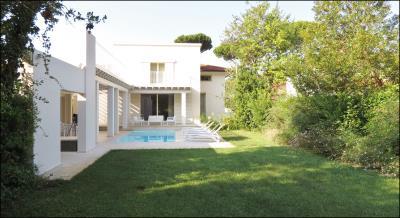 Luxury-Villa-with-pool-Versilia-Tuscany---AZ-Italian-Properties--24-