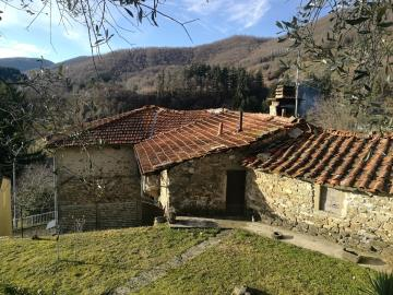 Group-of-Properties-for-Sale-Casola-Lunigiana---AZ-Italian-Properties--33-
