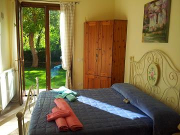 House-with-pool-Tuscany---5-