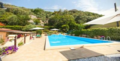 House-with-pool-Tuscany---15-