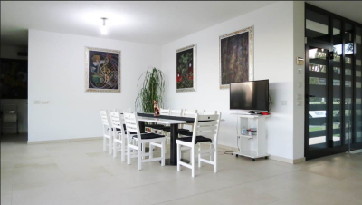 Modern-Villa-with-Pool-for-Sale-Lucca-Tuscany---AZ-Italian-Properties--18-